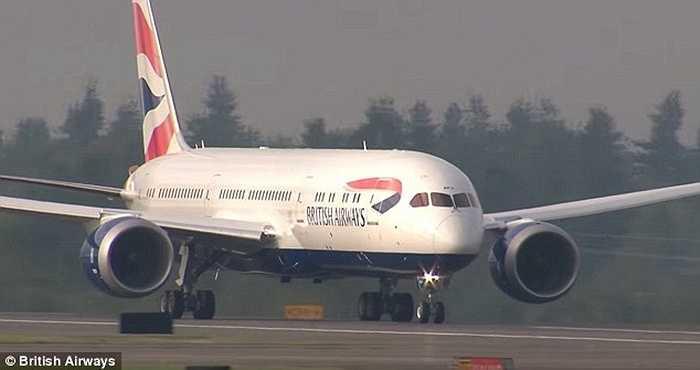 Tàu bay sẽ bay thử một vài chuyến trước khi bàn giao cho hãng hàng không chủ sở hữu