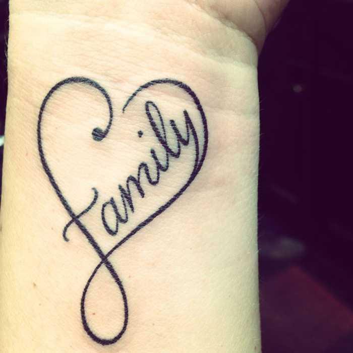 Hình xăm Yêu gia đình