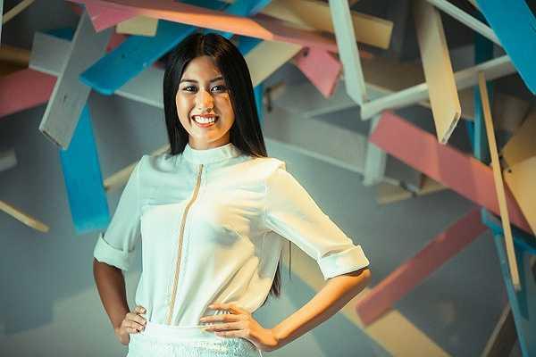 Năm 2010, Vincent Đoàn về Việt Nam và ra mắt thương hiệu thời trang riêng và trở thành nhà thiết kế chính thức cho Trương Tri Trúc Diễm dự thi Hoa hậu Quốc tế 2011 (lọt Top 15 chung cuộc).