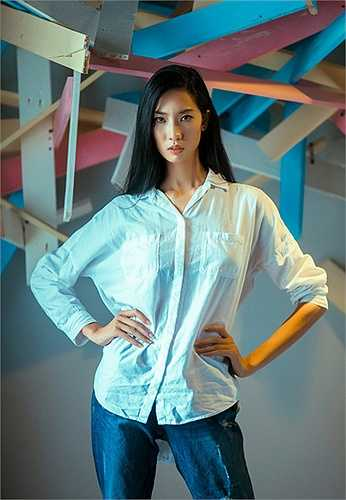 Nhiều mẫu thiết kế của Vincent Đoàn đã xuất hiện dầy đặc trong các tạp chí thời trang hàng đầu cũng như những show thời trang lớn.