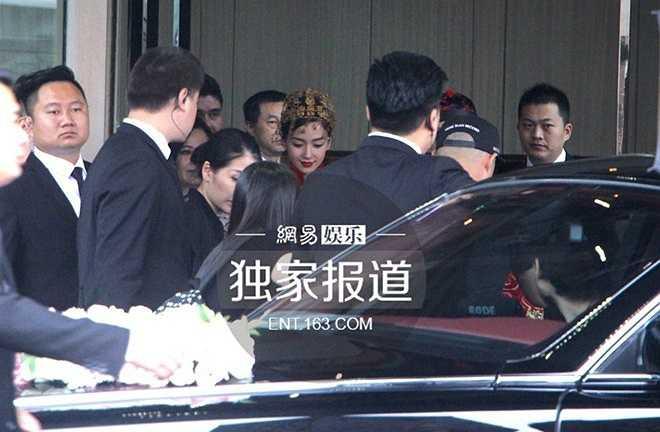 Lễ cưới truyền thống của Huỳnh Hiểu Minh và Angelababy được tổ chức tại khách sạn hạng sang Four Seasons Place.