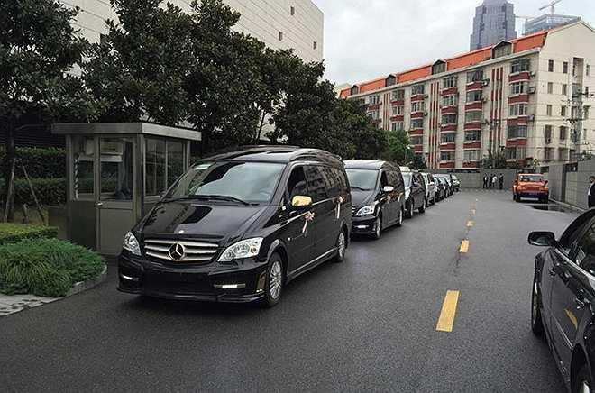 Dàn xe đưa dâu của Huỳnh Hiểu Minh - Angelababy.