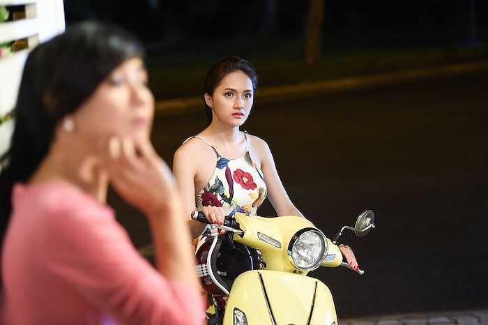 Vai diễn Thúy trong 'Trót yêu…' đến với Hương Giang Idol như một cách tình cờ. Vào một ngày đẹp trời cô nhận được cuộc gọi từ người đẹp Tây Đô mời đóng phim.