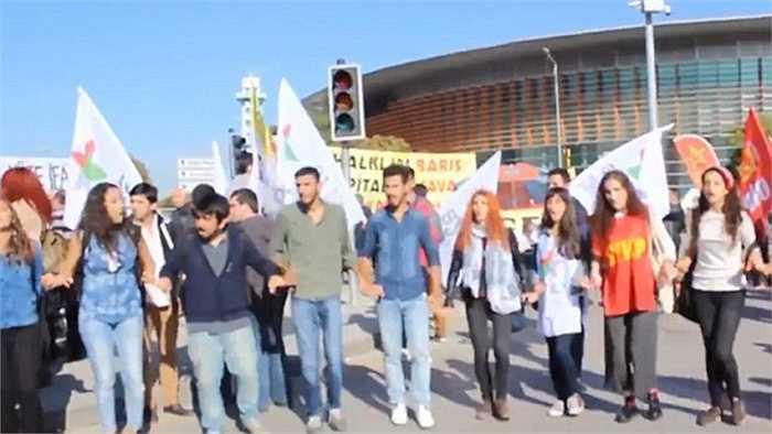 Hai vụ nổ trên xảy ra trước thềm một cuộc tuần hành hòa bình