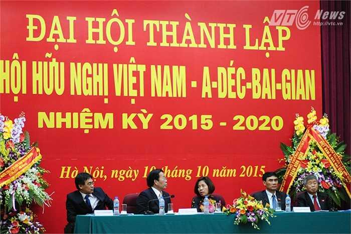 Các đại biểu trong Đại hội thành lập Hội hữu nghị Việt Nam - Azerbaijan sáng 10/10