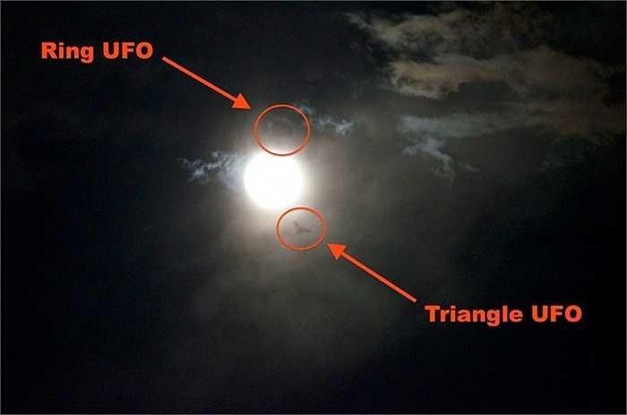 Tam giác M - Nga. Khu vực này nằm sâu trong khu vực núi Ural ở Nga. Hàng năm, có rất nhiều vụ UFO xuất hiện với nhiều dạng như phi thuyền, vật thể lạ, quầng sáng kỳ lạ hay các âm thanh ghê rợn phát ra từ đây