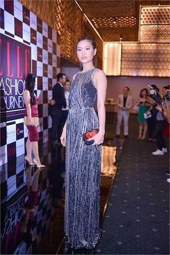 Á hậu Diễm Trang mặc một thiết kế của NTK Lê Thanh Hoà.