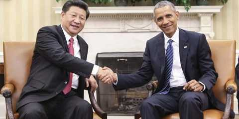 Chủ tịch Trung Quốc Tập Cận Bình (trái) và tổng thống Mỹ Barack Obama (phải) tại Nhà Trắng