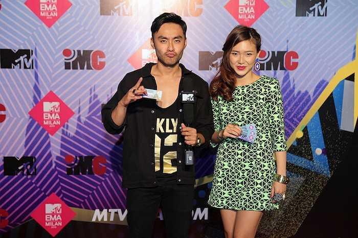 Tối qua (11/10), đêm nhạc EMA Connection - Cùng Sơn Tùng M-TP đến EMA Milan 2015 do kênh MTV Vietnam tổ chức đã diễn ra với những xảm xúc mãnh liệt, bùng nổ chưa từng có.
