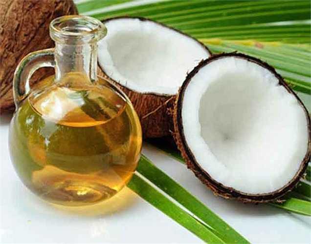 Dầu dừa: Sử dụng dầu dừa để nấu ăn có thể là một ý tưởng tốt vì nó có hiệu quả trong việc tiêu diệt các vi sinh vật có hại trong đường tiêu hóa của bạn. Trong thực tế, nó có tác dụng chống nấm trong tự nhiên và cũng chống được cả nấm men trong ruột.