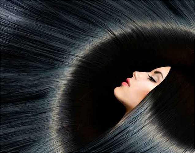 4. Duy trì tóc đẹp tự nhiên: Đồng có trong hạt điều giúp duy trì màu sắc tự nhiên của mái tóc và cũng ngăn ngừa tóc bạc sớm. Nếu bạn có hạt điều trong chế độ ăn uống thường xuyên, bạn sẽ sớm lấy lại màu sắc của mái tóc của bạn.