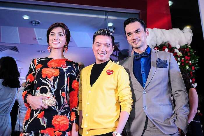 Kim Tuyến cũng đến chúc mừng thành công của đoàn phim.