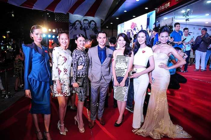 Dàn người đẹp của Vietnam's Next Top Model và Hoa hậu hoàn vũ VN 2015. (Trung Ngạn)