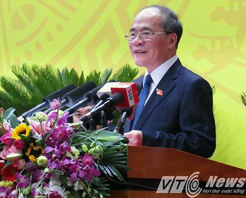 Chủ tịch Quốc hội Nguyễn Sinh Hùng phát biểu chỉ đạo tại Đại hội Đảng bộ tỉnh Quảng Ninh khóa XIV (nhiệm  kỳ 2015 - 2020)