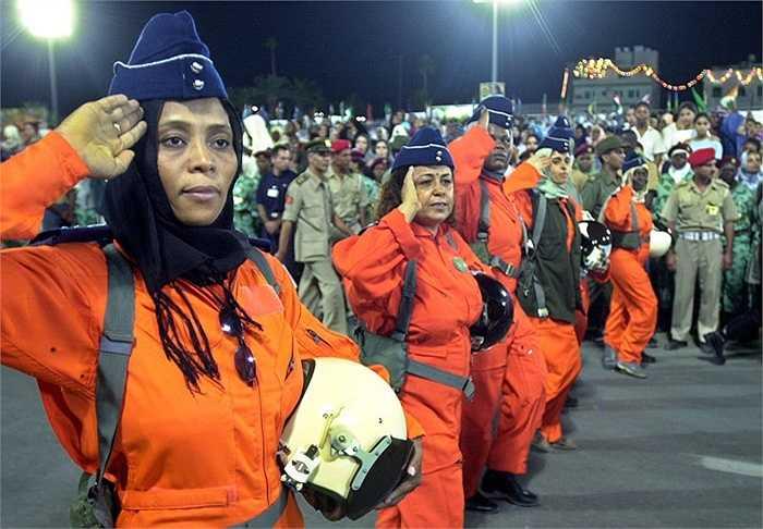 Các phụ nữ trong Không quân Libya