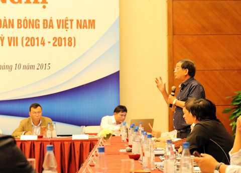 Các uỷ viên BCH tham gia phát biểu ý kiến đóng góp tại Hội nghị.