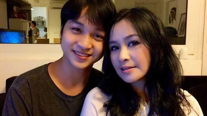 Ngắm những khoảnh khắc đáng yêu của Thanh Lam bên các con.