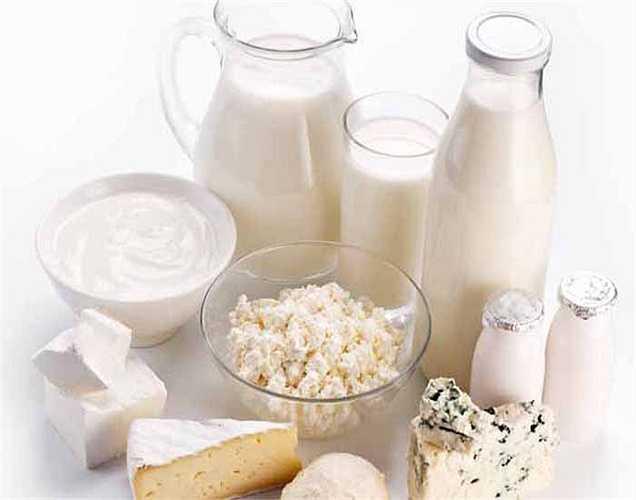 Thực phẩm giàu vitamin B12:  Thiếu vitamin B12 cũng có thể ảnh hưởng đến việc sản xuất các tế bào máu đỏ. Tiêu thụ cá, trứng, gan bò và các sản phẩm từ sữa có thể giảm bớt tình trạng này.