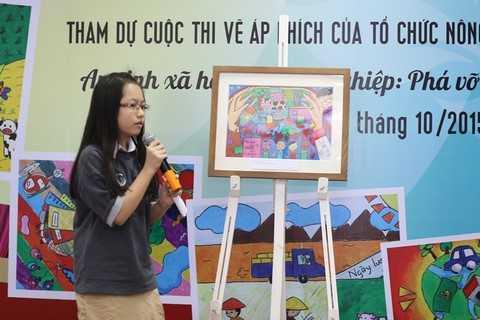 """Trường PLTC Vinschool đã tổ chức cuộc triển lãm với 75 bức tranh về chủ đề """"An sinh xã hội và Nông nghiệp: Phá vỡ vòng xoáy đói nghèo"""" do FAO phát động. Các bức áp phích thể hiện góc nhìn trẻ thơ về một vấn đề lớn của thế giới với rất nhiều giải pháp ấn tượng. Năm nay, Trường PTLC Vinschool là trường duy nhất tại Việt Nam vinh dự được FAO phối hợp phát động và tham gia cuộc thi vẽ tranh đầy ý nghĩa hướng tới Ngày lương thực 16/10."""