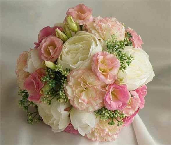 Người được nhận bó hoa này sẽ giống như nhận lời chúc luôn viên mãn, hạnh phúc và cát tường, như ý.