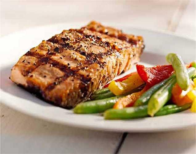 Axit béo omega 3: có thể tăng cường sức khỏe và tuổi thọ và chúng ta biết rằng chúng ta có thể nhận được chất dinh dưỡng này từ cá, dầu ô liu, dầu mè và bơ. Khi cơ thể bạn bị thiếu chất này, bạn có thể bị trầm cảm và tâm trạng thất thường.