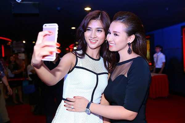 Đạo diễn Đặng Thái Huyền, biên kịch Nguyễn Thu Dung và các diễn viên Lã Thanh Huyền, Trương Minh Quốc Thái... đều có mặt đầy đủ trong sự kiện này