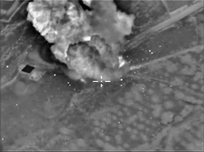 Căn cứ của IS gần thị trấn Idlib, Syria bị tấn công
