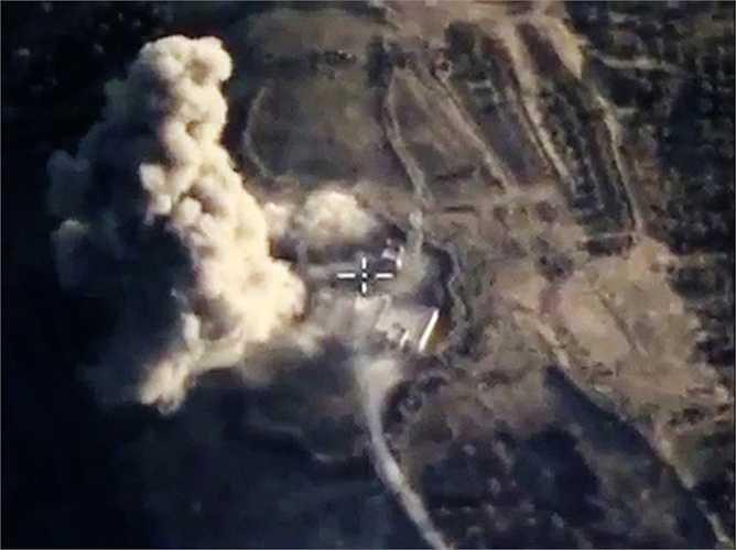 Chiến cơ Nga tấn công mục tiêu IS ở tỉnh Idlib