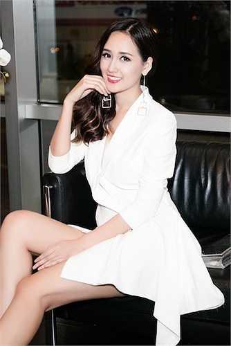 Trở về sau khi làm giám khảo cuộc thi HHHV, Mai Phương Thuýquay trở lại lịch làm việc dày đặc với nhiều dự án kinh doanh cô đang chạy.