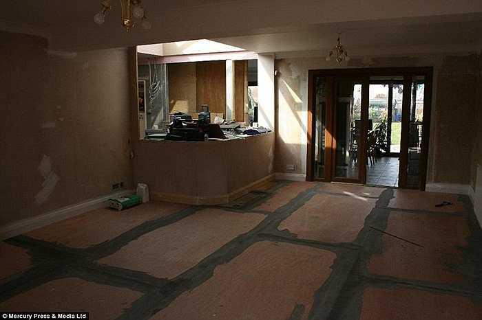 Chi phí xây dựng ban đầu là 50000 bảng Anh (khoảng 1,7 tỷ đồng) nhưng thực tế con số đó đã gấp 3 lần.