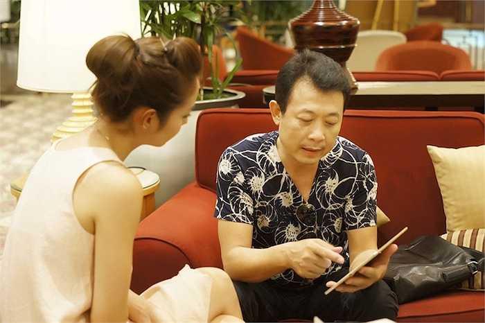 Thường xuyên làm việc với nhau trong nhiều chương trình, mối quan hệ Jennifer Phạm và Vân Sơn khá thân thiết.