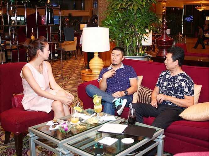 Nói về việc tham gia hợp tác cùng Vân Sơn trong dự án nhà hát The V Show, Charlie Nguyễn cho biết: 'Tôi đã gắn bó với anh Vân Sơn từ rất lâu. Nếu không bị kẹt lịch về điện ảnh, rất có thể tôi sẽ tham gia cùng anh Sơn trong dự án này'.