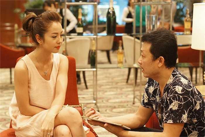 Người đẹp thường xuyên ủng hộ các show diễn của danh hài, và ngược lại, Vân Sơn cũng không quên chúc mừng thành công cũng như hạnh phúc của Jennifer Phạm