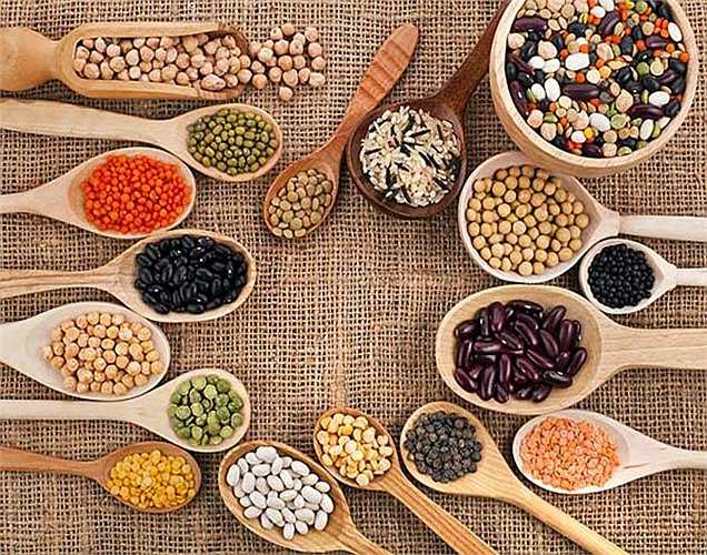 Đậu lăng: Đậu lăng có chứa chất xơ giúp thải độc tố. Ngoài ra, nó còn cung cấp protein cho cơ thể của bạn. Vì vậy hãy bao gồm chúng trong chế độ ăn uống của bạn.