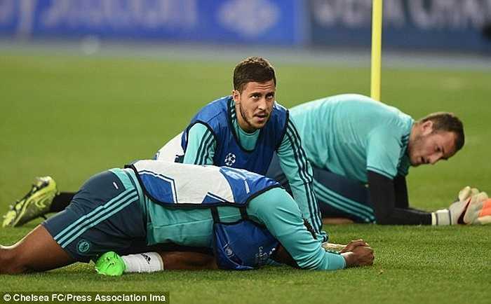 Ở trận thắng Aston Villa mới đây, Hazard dự bị. Và trước trận đấu với Dynamo Kiev, chưa chắc ngôi sao này được ra sân ngay từ đầu