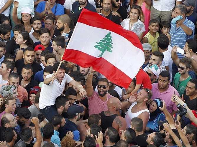 3. Lebanon - 139,7%: Nước này từng là một điểm du lịch hút khách, nhưng do cuộc xung đột với Syria và những bất ổn chính trị trong nước đã dẫn đến sự thiếu hụt về ngân sách.