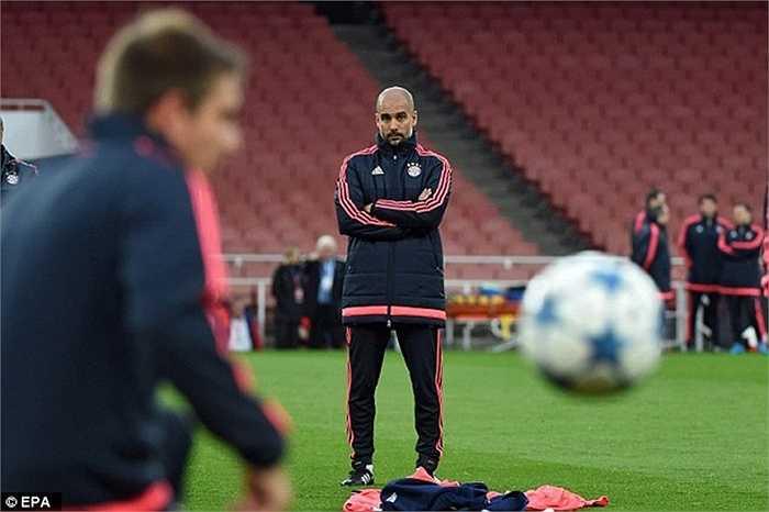 Mặc dù vậy, Pep Guardiola rất khiêm tốn. Ông cho rằng, Arsenal sẽ rất nguy hiểm khi bị dồn vào thế chân tường