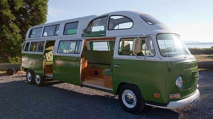 Sự sáng tạo trong tùy biến chiếc xe Minibus Volkswagen khiến phương tiện du lịch gia đình này trở nên rất duyên dáng trong mắt người yêu du lịch, như 11 chiếc xe được chuyên trang tư vấn du lịch mpora.com bình chọn dưới đây.