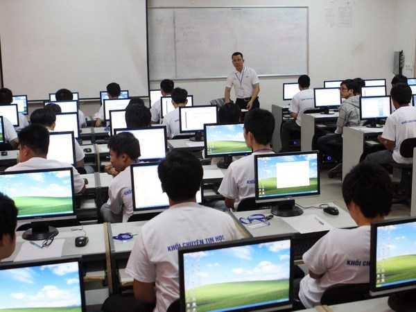 Tin học sẽ chỉ là môn tự chọn trong chương trình giáo dục phổ thông mới