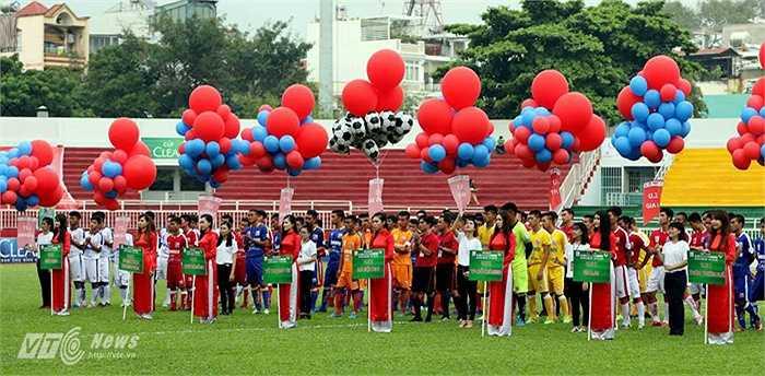 Giải bóng đá U21 Quốc gia 2015 chính thức khai mạc vào chiều 22/10 trên sân vận động Thống Nhất, TP.HCM. (Ảnh: Quang Minh)