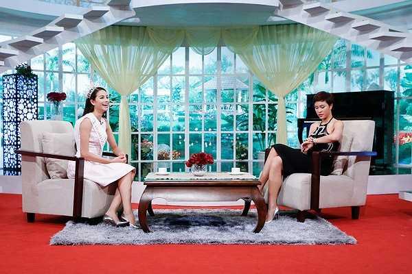 Hiện tại, hoa hậu Phạm Hương cùng đơn vị quản lý là Unicorp đang bắt tay vào công tác chuẩn bị cho cuộc thi Hoa hậu Hoàn vũ 2015 sắp tới.