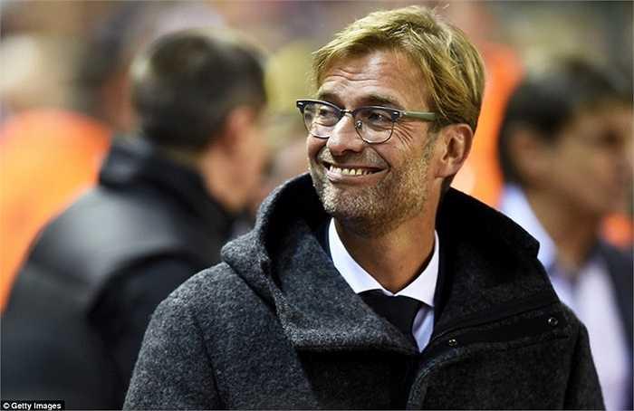 Sau trận hòa 0-0 trước Tottenham cuối tuần trước, Jurgen Klopp lần đầu tiên ra mắt sân Anfield khi Liverpool tiếp Rubin Kazan ở Europa League