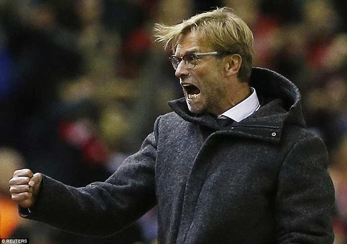 Vẫn như mọi khi, cựu thuyền trưởng của Dortmund tỏ ra cực kỳ máu lửa trên sân