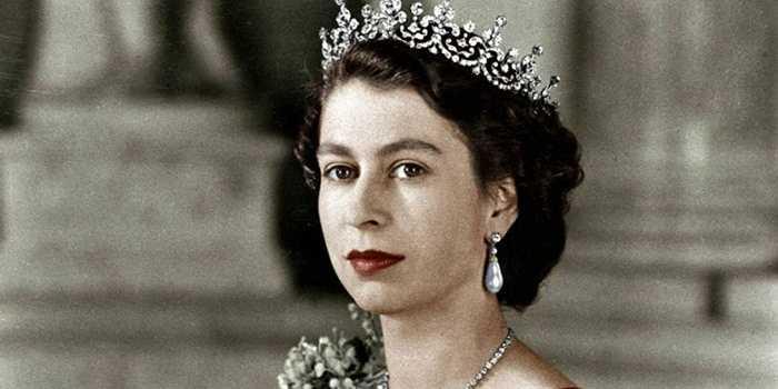 7. Nữ hoàng Elizabeth II là vị vua trị vì lâu nhất của vương quốc Anh cho đến nay với gần 64 năm. Xếp sau đó là nữ hoàng Victoria nắm quyền trong 63 năm, 216 ngày và vua Geogre III trong 59 năm, 96 ngày. Nữ hoàng năm nay đã 89 tuổi.