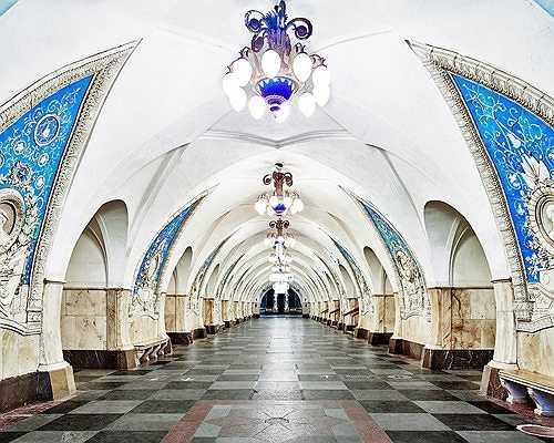 Vẻ nguy nga, tráng lệ của nhà ga tàu điện ngầm Taganskaya, Moscow