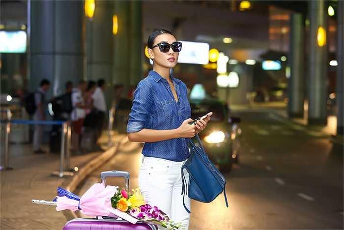 Khi đóng máy 2 phim truyền hình và điện ảnh Diệu Huyền đã nhận lời mời của các thương hiệu tại Hà Nội để hợp tác làm việc và đại diện hình ảnh.