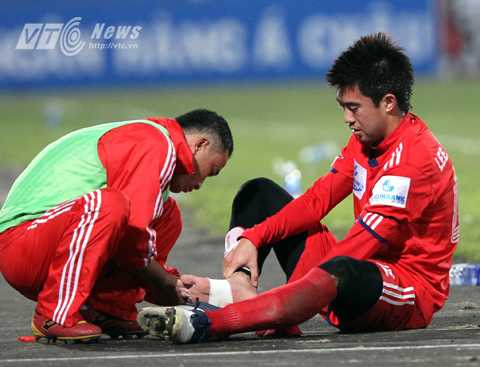 Lee Nguyễn từng về V-League để học võ (Ảnh: Quang Minh)