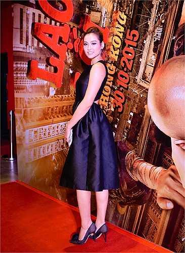 'Tái xuất' trong buổi ra mắt phim Lost in Hong Kong - Lạc lối ở Hồng Kông, Vương Thu Phương xinh đẹp rạng rỡ.