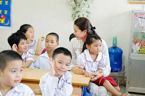 Sau chuyến thăm, hoa hậu Phạm Hương sẽ trở về thành phố Hồ Chí Minh để bắt đầu vào khóa huấn luyện đặc biệt.