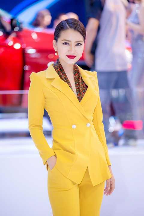 Sau thành công với vai diễn để đời trong bộ phim Kiều nữ và đại gia, Ngọc Lan sẽ tiếp tục chinh phục khán giả yêu phim qua vai diễn mới trong phim Mặn hơn muối đã chính thức lên sóng truyền hình vào ngày 28/10/2015.